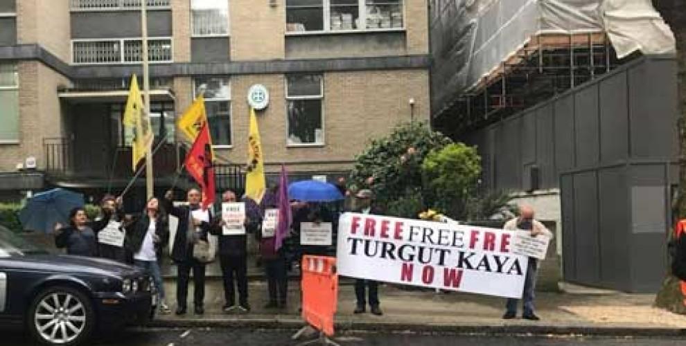 Gegen die Auslieferung von Turgut Kaya